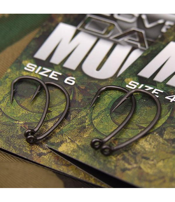 COVERT DARK MUGGA HOOKS BARBED SIZE 2 (5)